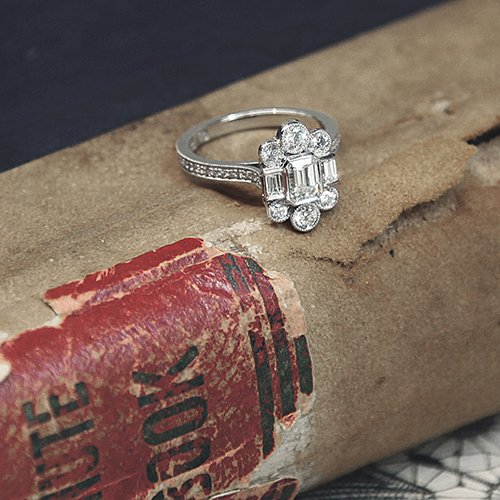 Art Deco Engagement Ring Style All You Need To Know