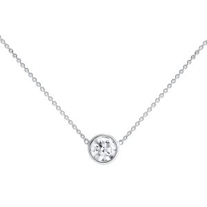 Simple and elegant diamond necklace