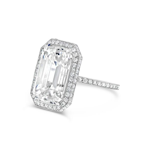 1 Emerald cut 10.02ct JVVS2 engagement ring