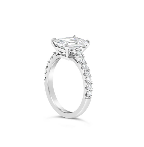 Emerald cut engagement ring G2307_2