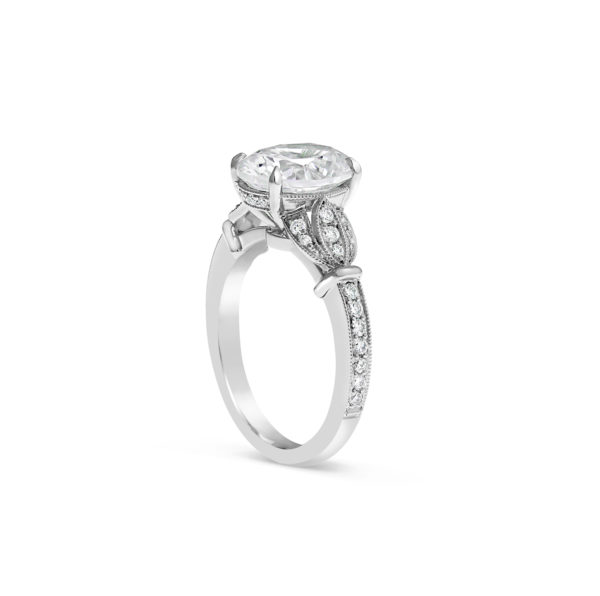 Vintage style engagement ring 2