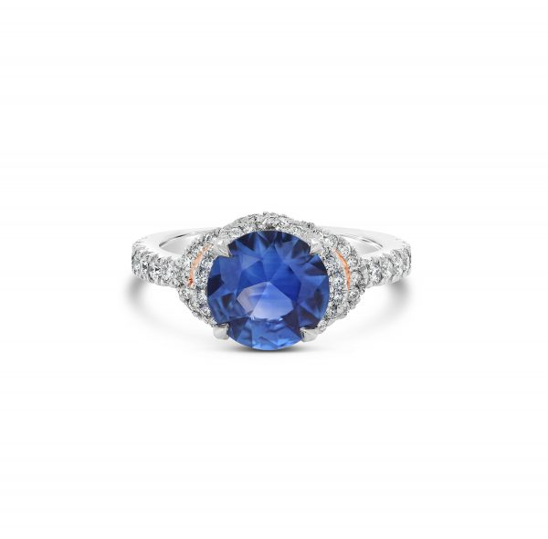 Ceylonese Sapphire and Diamond Ring